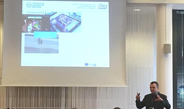Olaf Holownko stellt die Konstruktionsassistenz auf der 9. Fachtagung VVD 2018 vor.